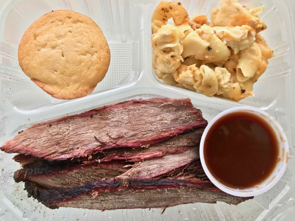 beef brisket with mac and cheese and cornbread
