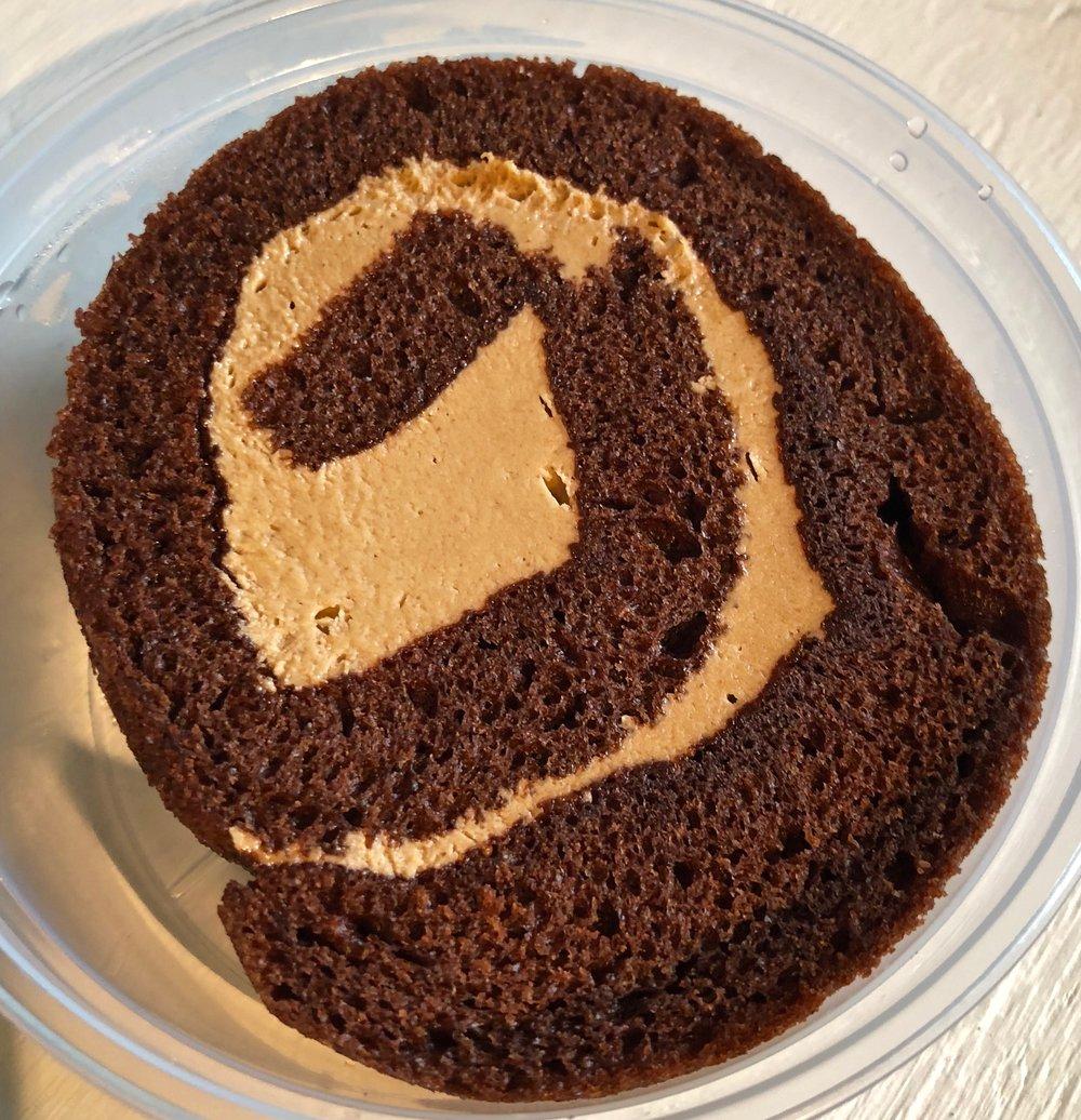 peanut butter chocolate cake roll