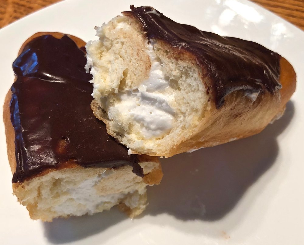 buttercream chocolate eclair