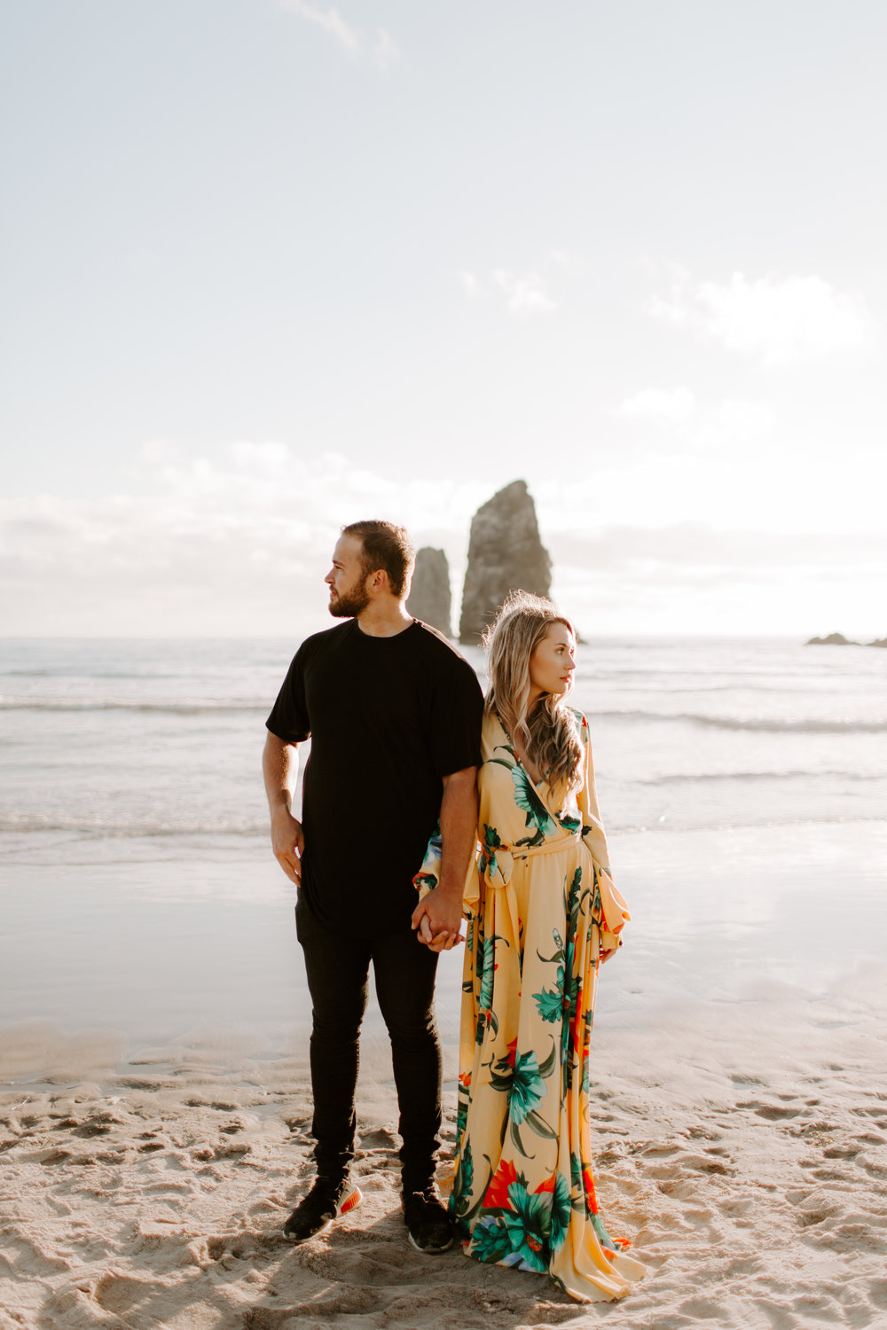 MADISONRYLEE_HANNAH+DAKOTA_CANNONBEACH_OREGONEngagement_0017.jpg