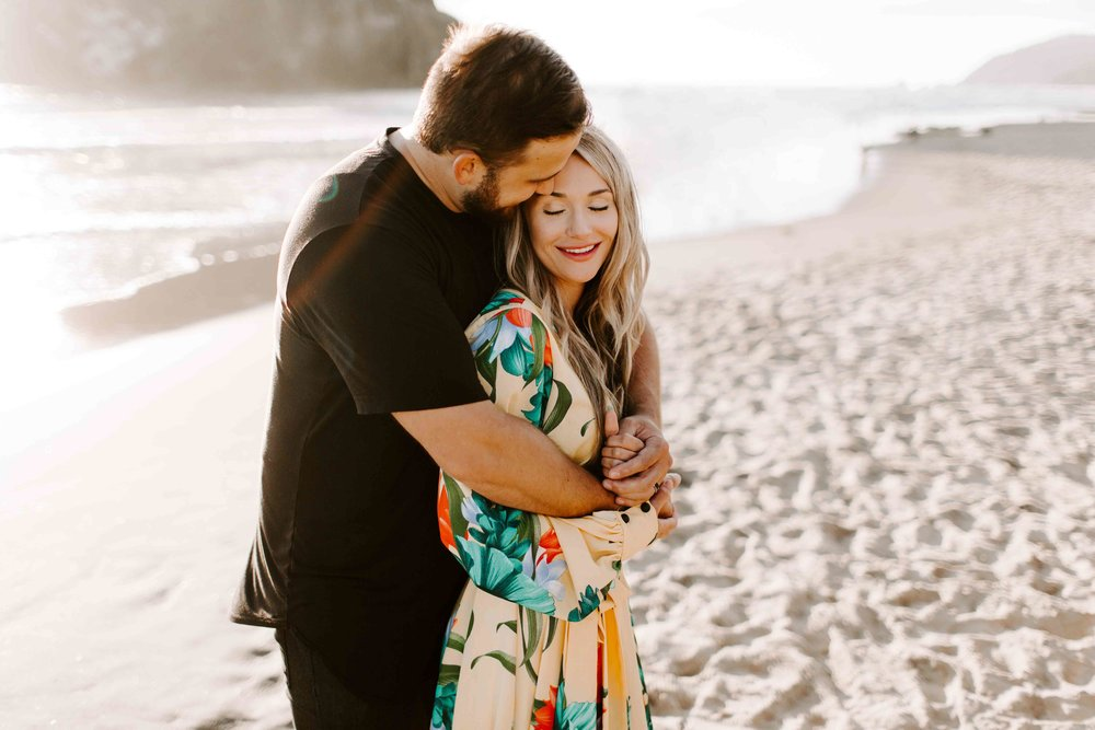 MADISONRYLEE_HANNAH+DAKOTA_CANNONBEACH_OREGONEngagement_0019.jpg