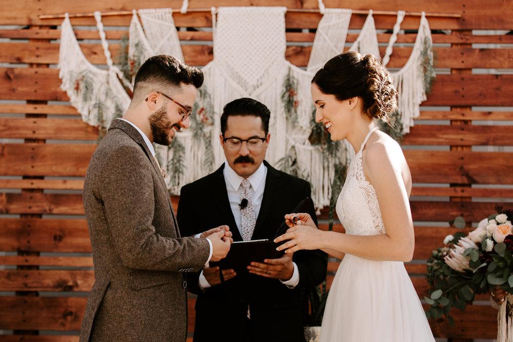 sarah+neuman_wedding_madisonrylee_0406.jpg