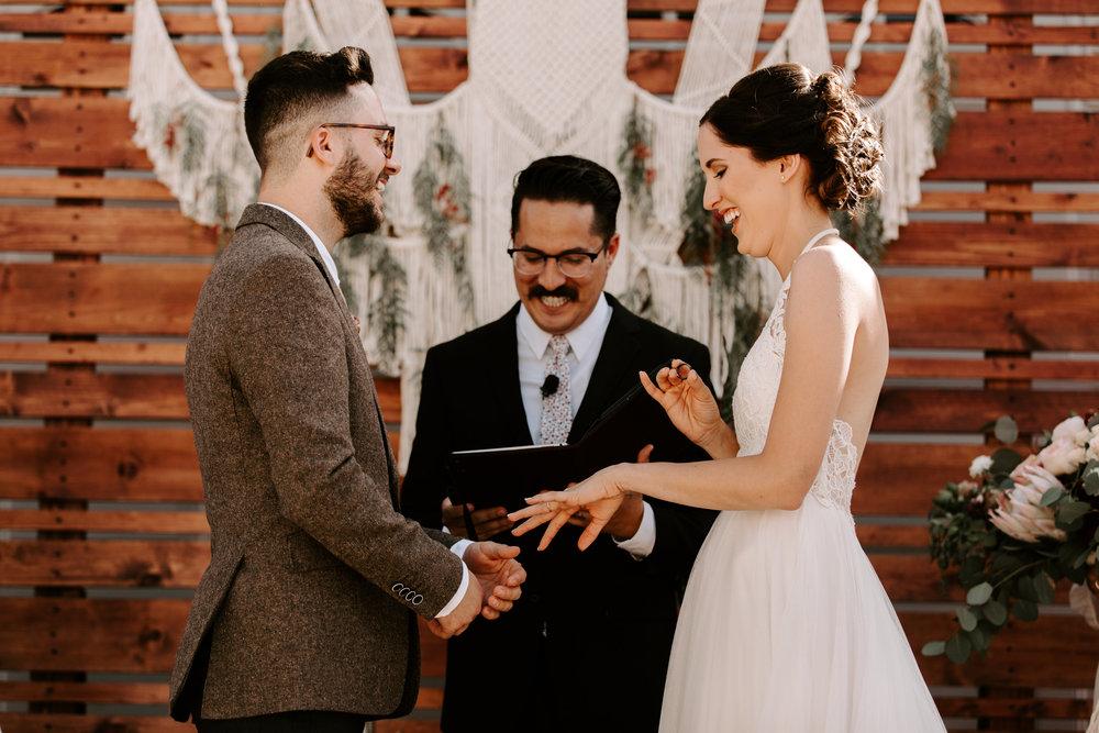 sarah+neuman_wedding_madisonrylee_0411.jpg