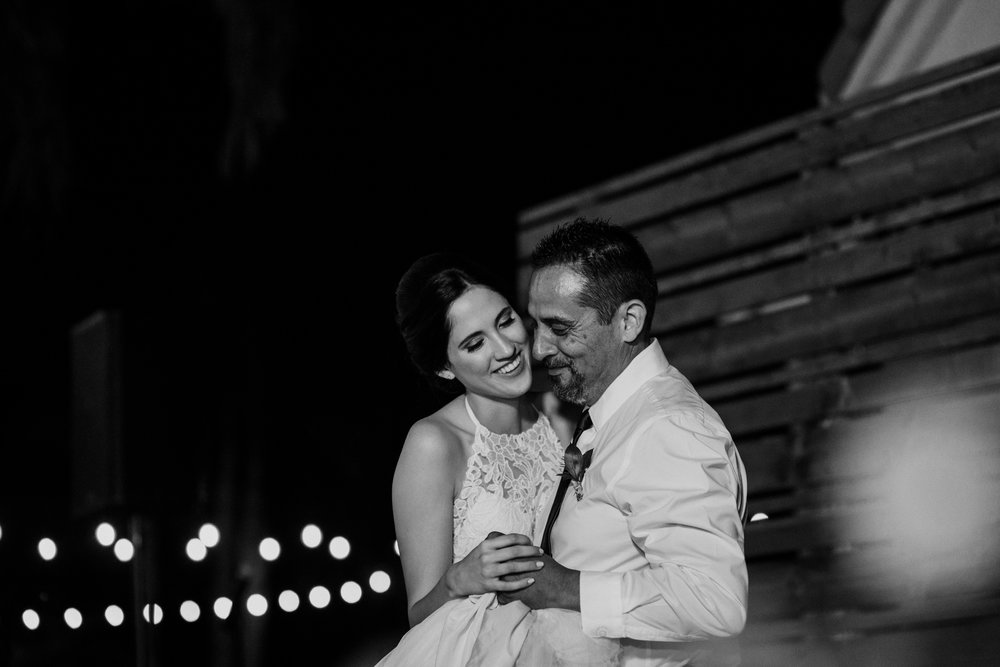 sarah+neuman_wedding_madisonrylee_1028.jpg