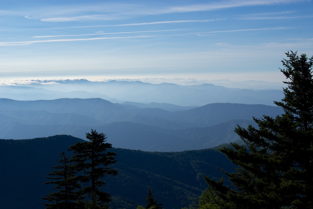 GREAT SMOKY MOUNTAINS - Escape the Crowds to Seek New Adventures