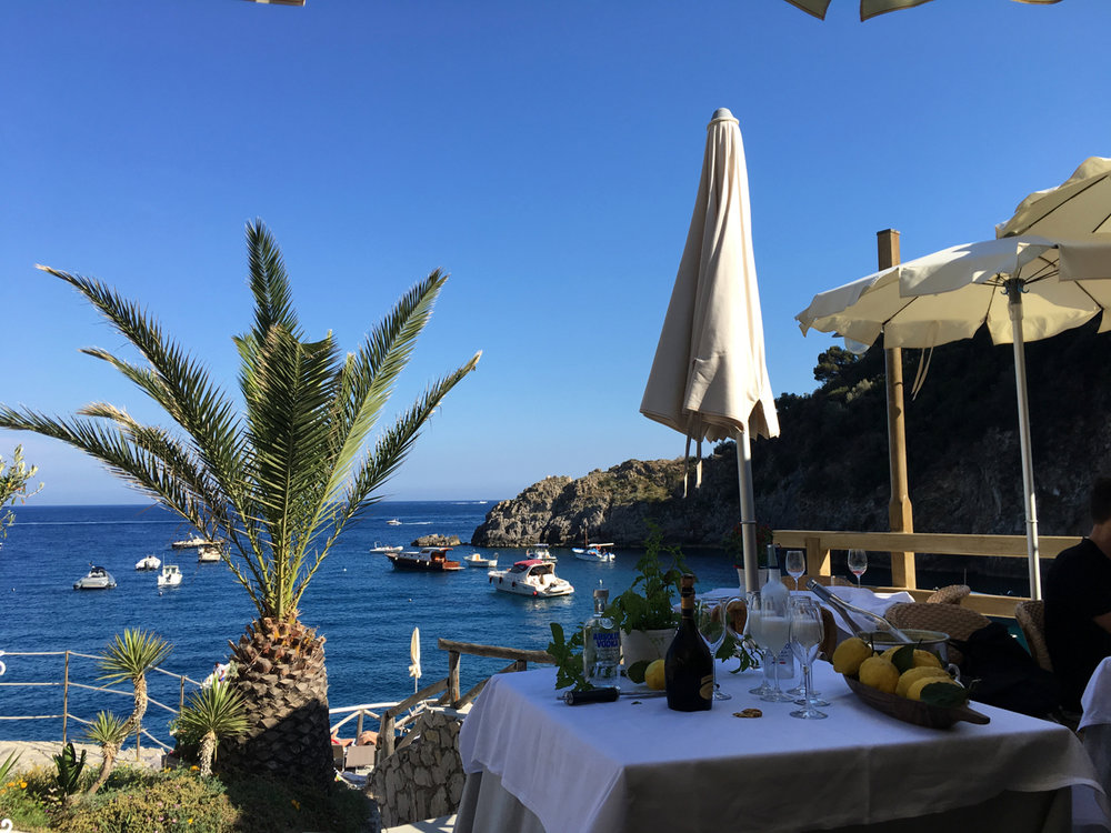 Lunch in a Secret Oasis at Beach Club and Restaurant La Conca del Sogno