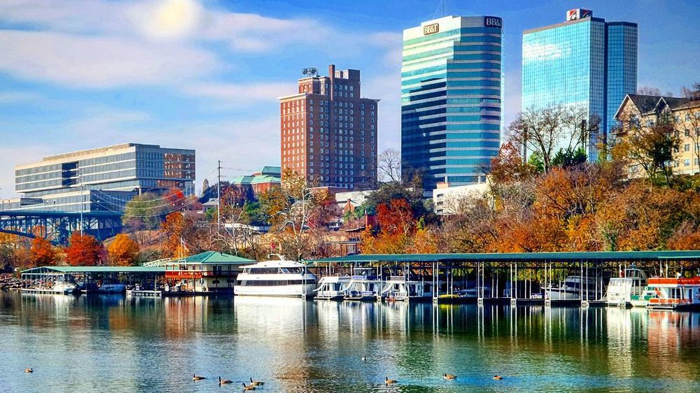 Knoxville Marina and Skyline / Photo by Art Carmichael