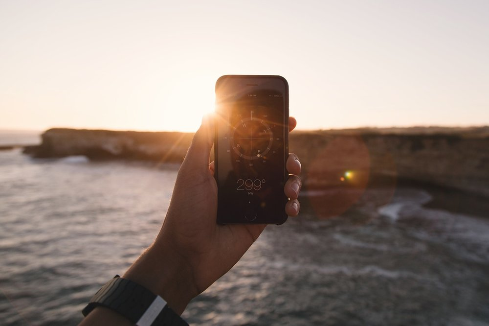 10 EssentialTravel Apps - Tech to Complement Your Vacation, Not Overtake It