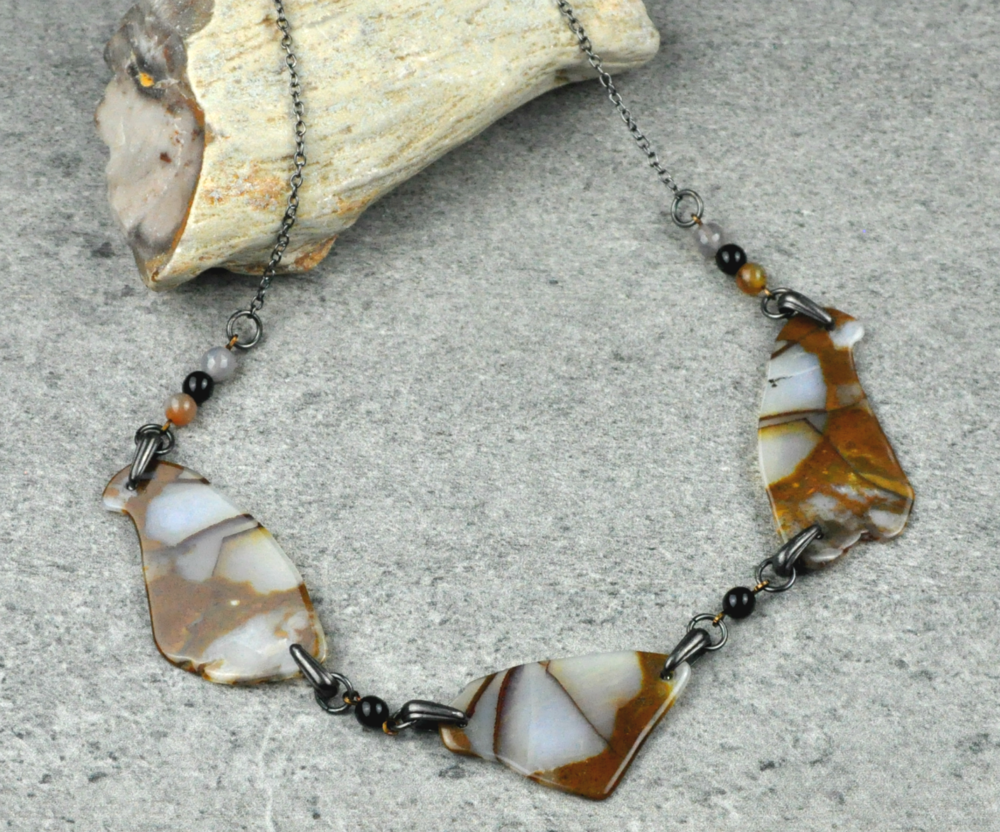 sliced-agate-necklace2.png