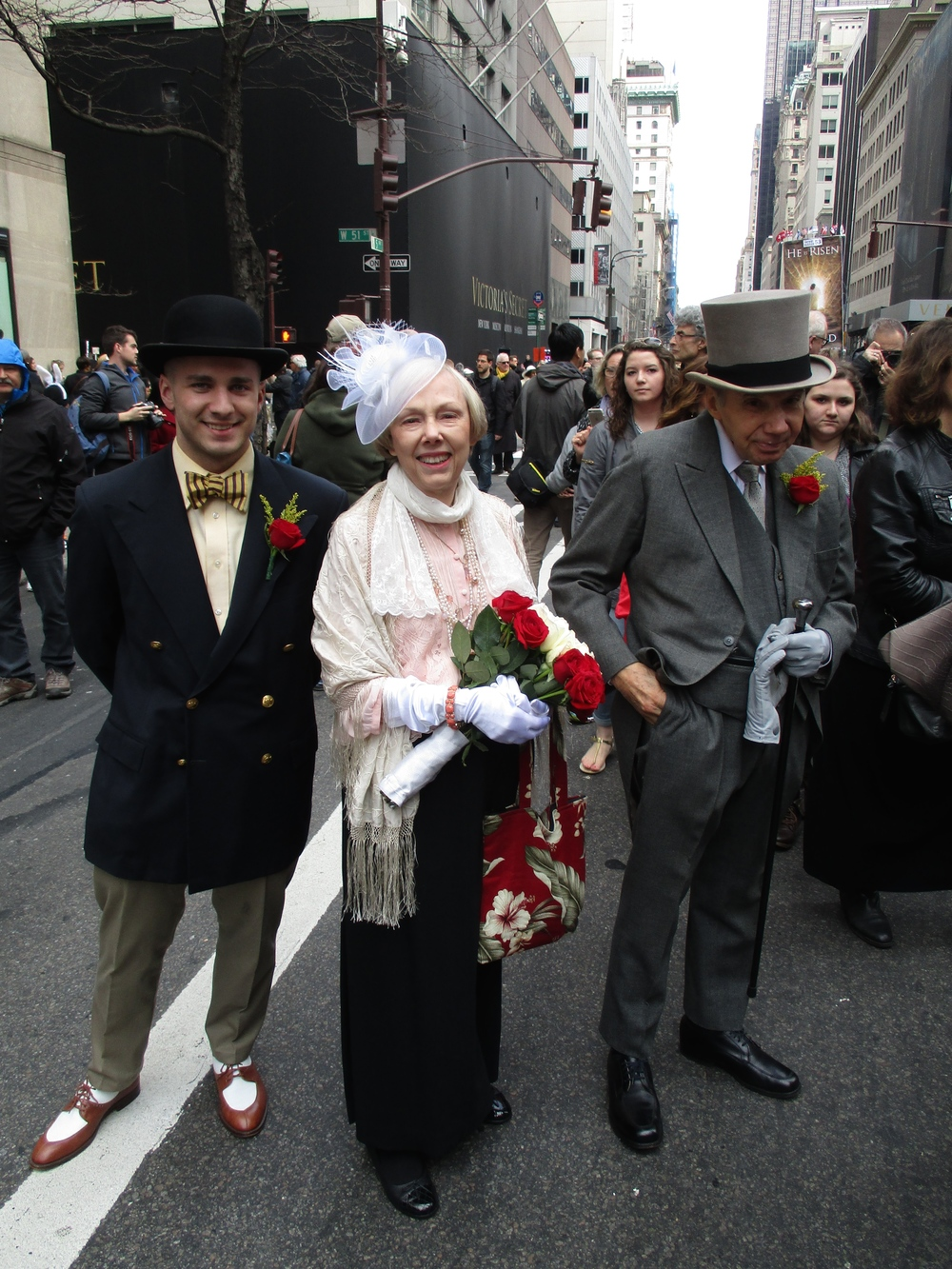 The gentleman at right exhibited the best example Etiquetteer saw of a gentleman's Most Formal Daytime Clothes: a gray cutaway.