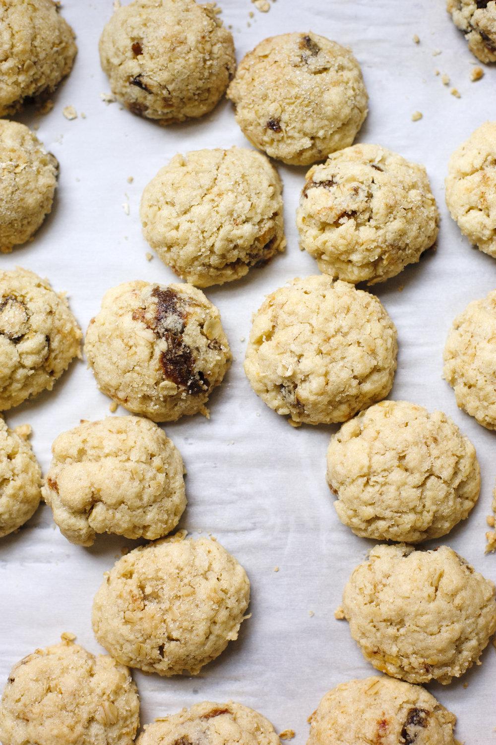 carmen-ladipo_oat-date-cookies.jpg