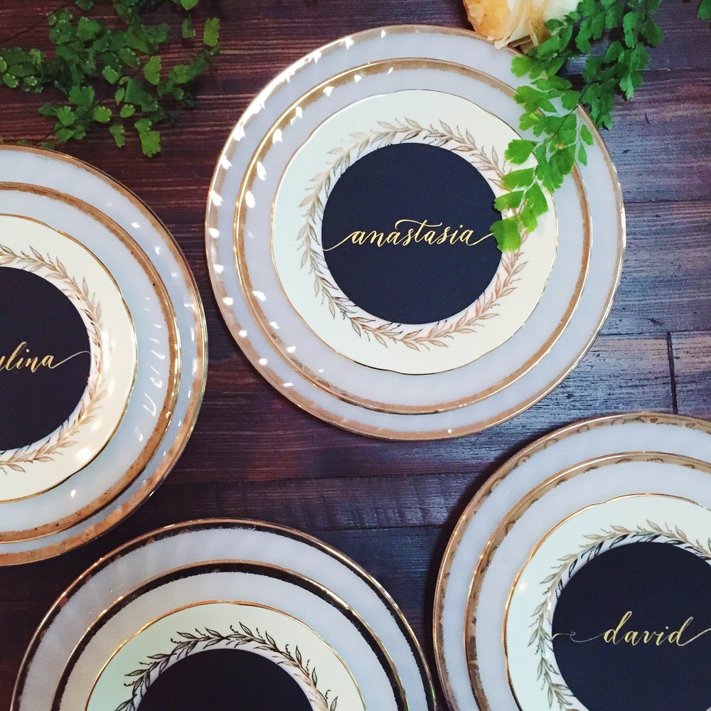 Plate top placecards