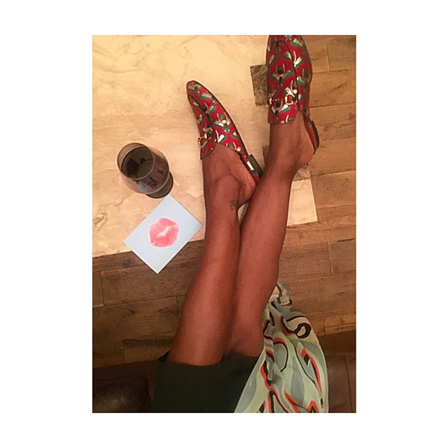 Date night #happyfeet👣 🎂❤️HBD❤️🎂 @craighha 🍷💋🍷+04.07.18+ . . . #love #amour #laughter #soulmate #life #food #wine #style #fashion #accessories #birthday #cake