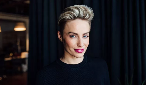 https://womenlovetech.com/the-right-fit-ceo-taryn-williams-talks-about-being-a-girlboss/