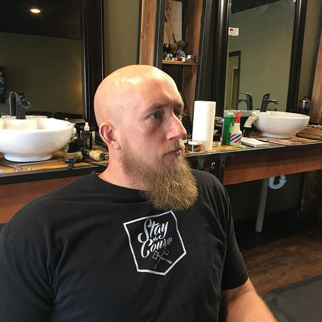 Anthony, bald & Beautiful 🇺🇸BA 👊⚔️👊with a righteous Beard to boot. Thanks for coming by today was good to see you my friend. #beardbadboy #bearded4life #standardmanbarbershop #raisingthestandard#barber #barbershops #barbershopconnect