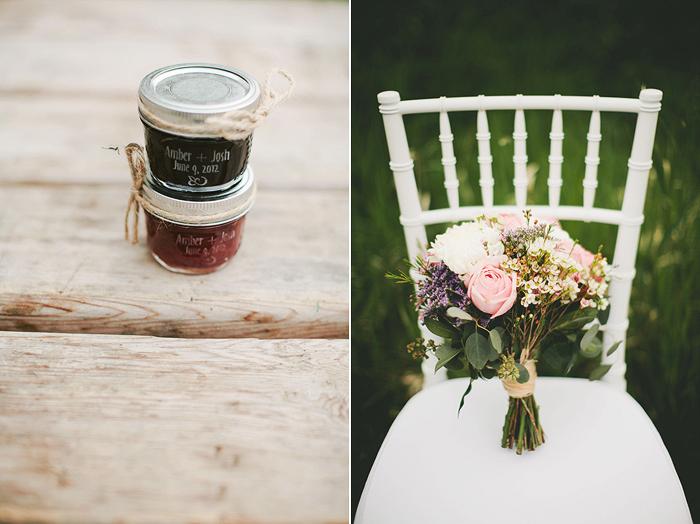 bride's bouquet, pink roses, jam jar favors, mason jars