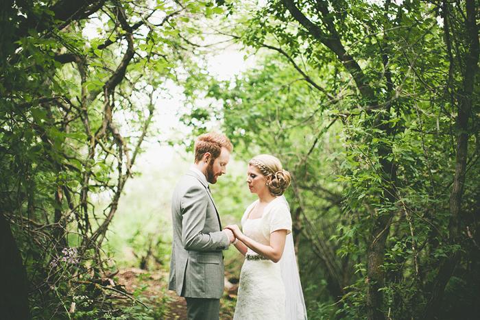 vintage bride, vintage wedding, woods, portrait, lethbridge wedding photographer, calgary wedding photographer