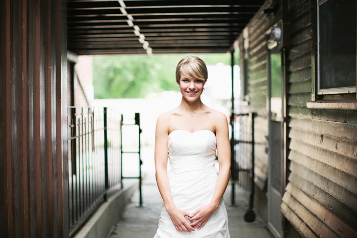 Lethbridge Wedding Photographer, Calgary Wedding Photographer, bride portrait, nice light