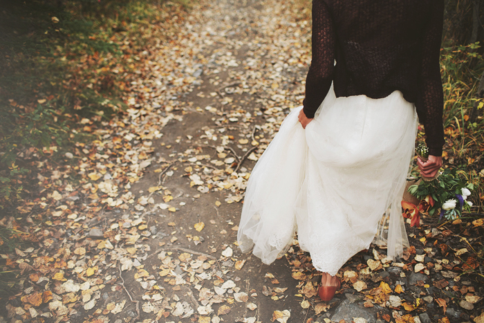 Canmore Wedding, Mountain Wedding, Rocky Mountains, Fall Wedding, Bride with Leaves