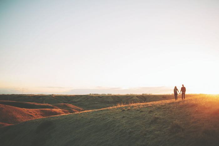 lethbridge wedding photographer, calgary wedding photographer, engagement session, sunset, engagement photographer, lethbridge, calgary, vsco
