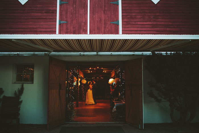 shawnessy barn wedding, shawnessy barn reception, calgary wedding, barn wedding, barn wedding dance