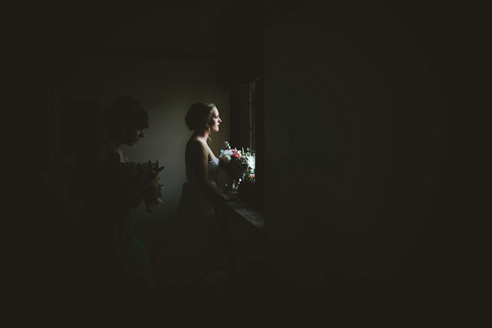 bride waiting, david guenther, calgary wedding photographer, winnipeg wedding