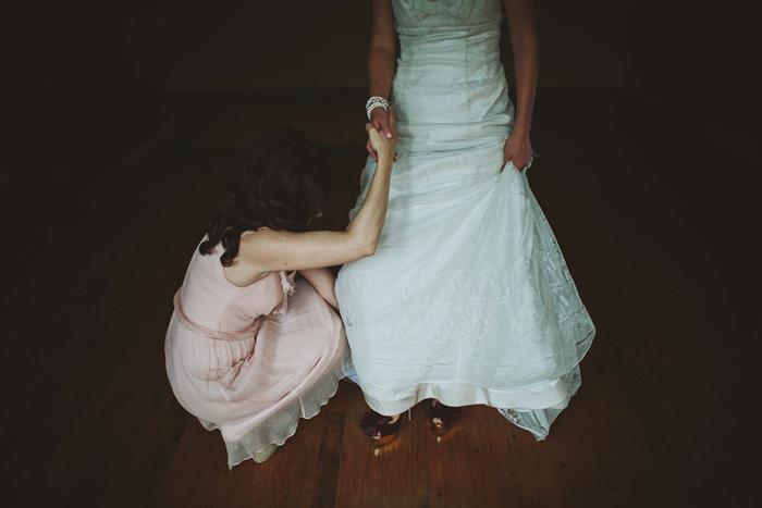 bride getting ready, getting dress on, david guenther, saskatoon farm wedding, calgary wedding