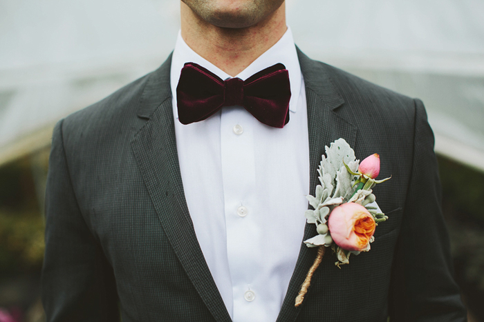 groom with bow tie, coral pink flower, boutenniere, saskatoon farm wedding, calgary wedding, david guenther