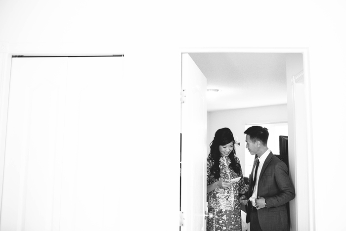 chinese wedding, bride and groom first look, calgary wedding photorapher