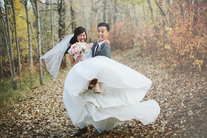 chinese wedding, fall wedding, leaves, calgary wedding photorapher
