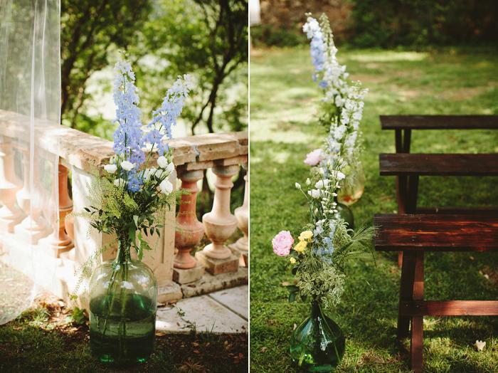 france wedding, flower details, vintage details, gold frames, provence wedding