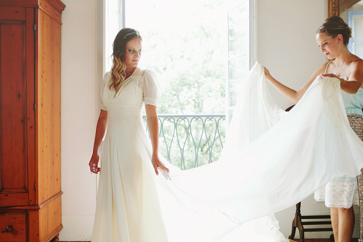 france wedding, provence wedding, bride getting ready, vintage dress, french villa
