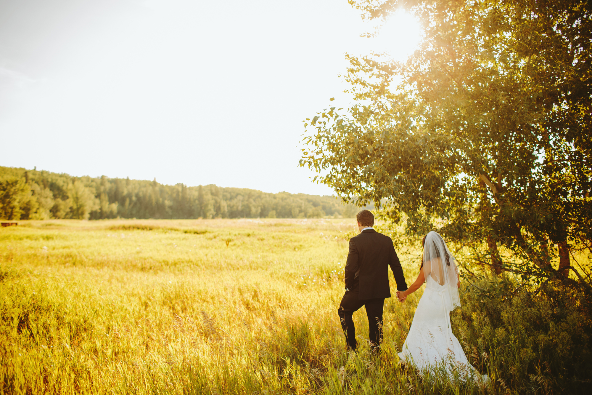 calgary wedding photographer, bow valley ranche, alberta wedding photographer, fish creek park
