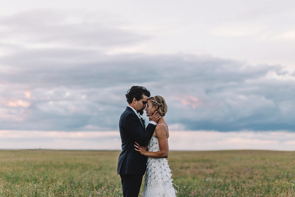 J + J Lethbridge Wedding -103.JPG