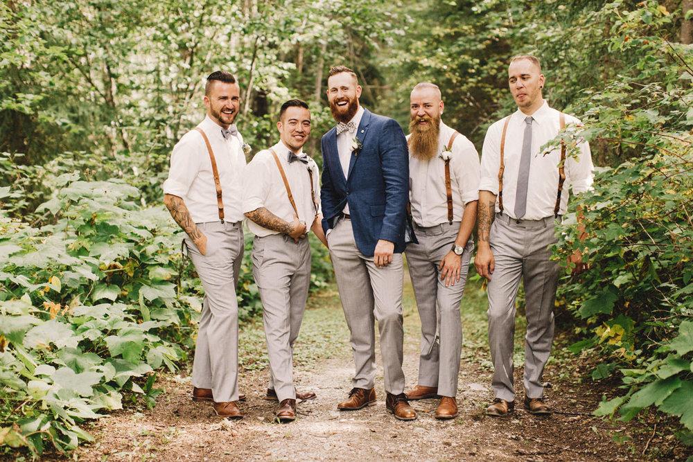 groom and groomsmen, groom in blue suit, suspenders, bow ties, golden wedding, bc wedding photographer