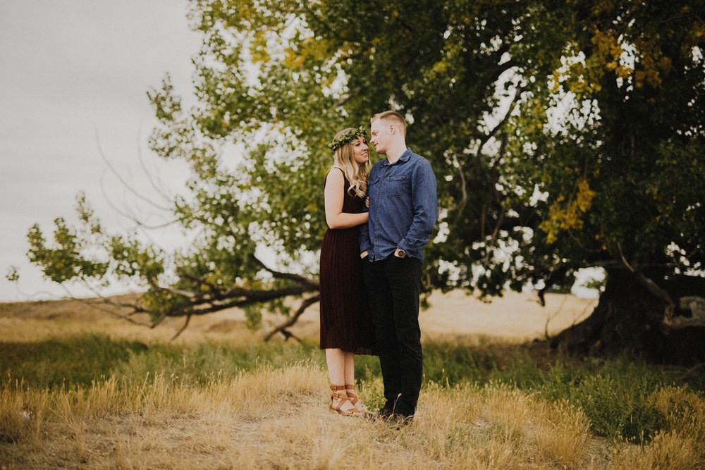 Southern Alberta Engagement Session -15.JPG