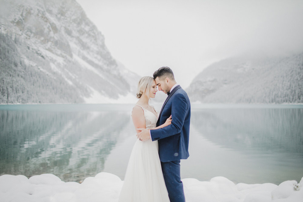 Lake Louise Winter Wedding -29.JPG