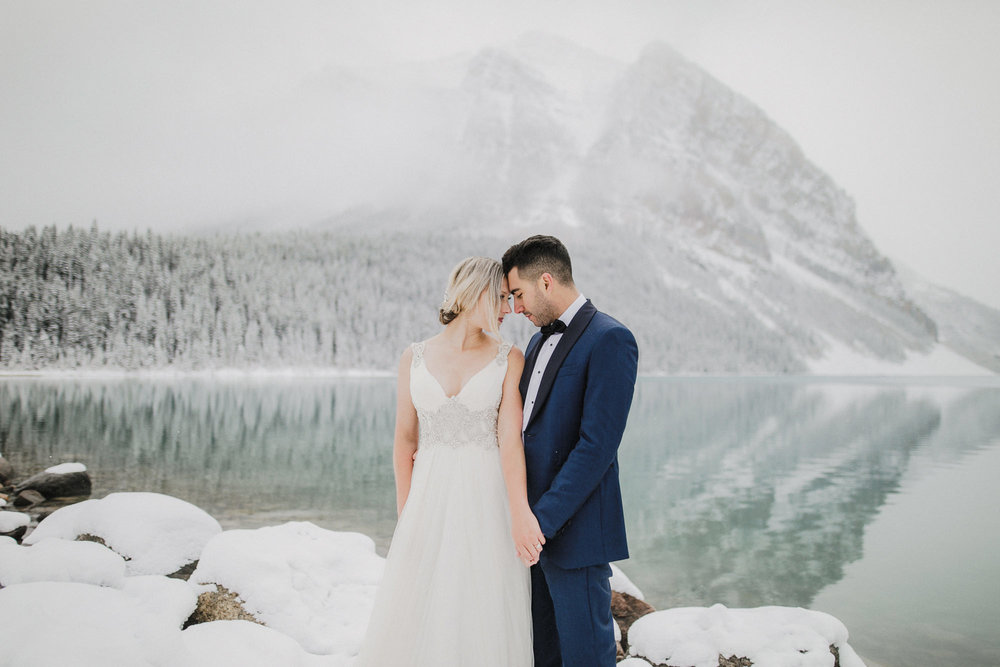 Lake Louise Winter Wedding -34.JPG