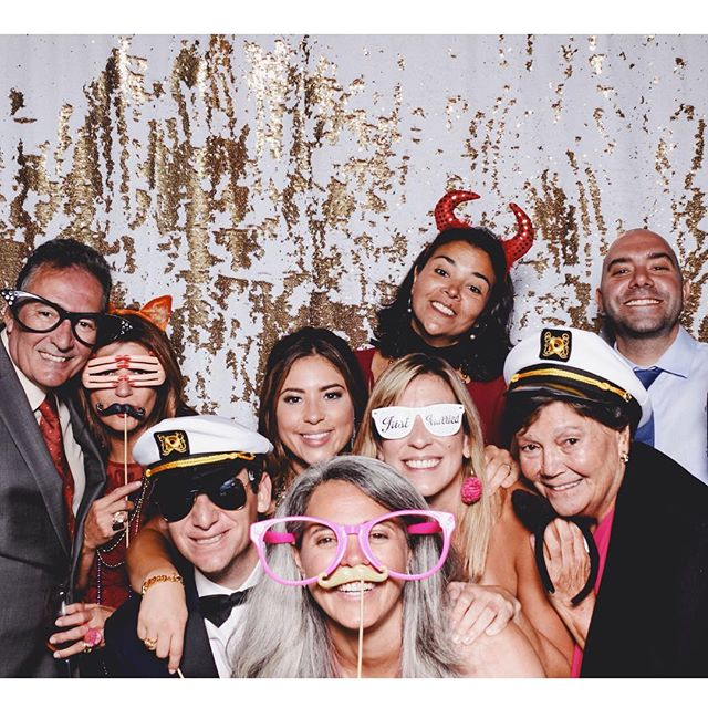 About last night.... Thanks for having us at your beautiful wedding Ashley + Ilya! It was such a blast 🔥 Check out all your photos to relive it again on our website and Facebook page ❤️ #sixandtenphotobooth #eventphotobooth #wedding #weddingbooth #sfbayareaphotobooth