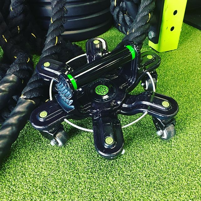 New toy for today's bootcamp @thespyder360 can't wait to use these things! #getfitonthego #unlimitedrangeofmotion #fitness #spyder360fit #instafitness #fitspo #workout #gym