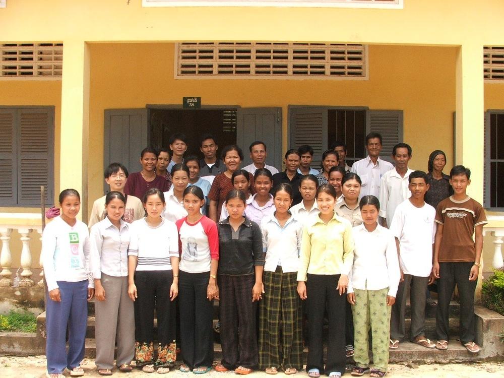 모슬렘 학생 학사에 선발된 학생들(2005년).jpg