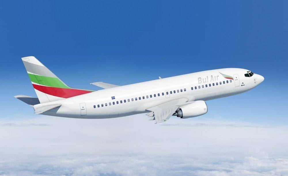 B737-300  -   в експлуатация    Максимална скорост: 800 км/ч  Максимална полетна височина: 11300 м   Обхват: ~4200 км