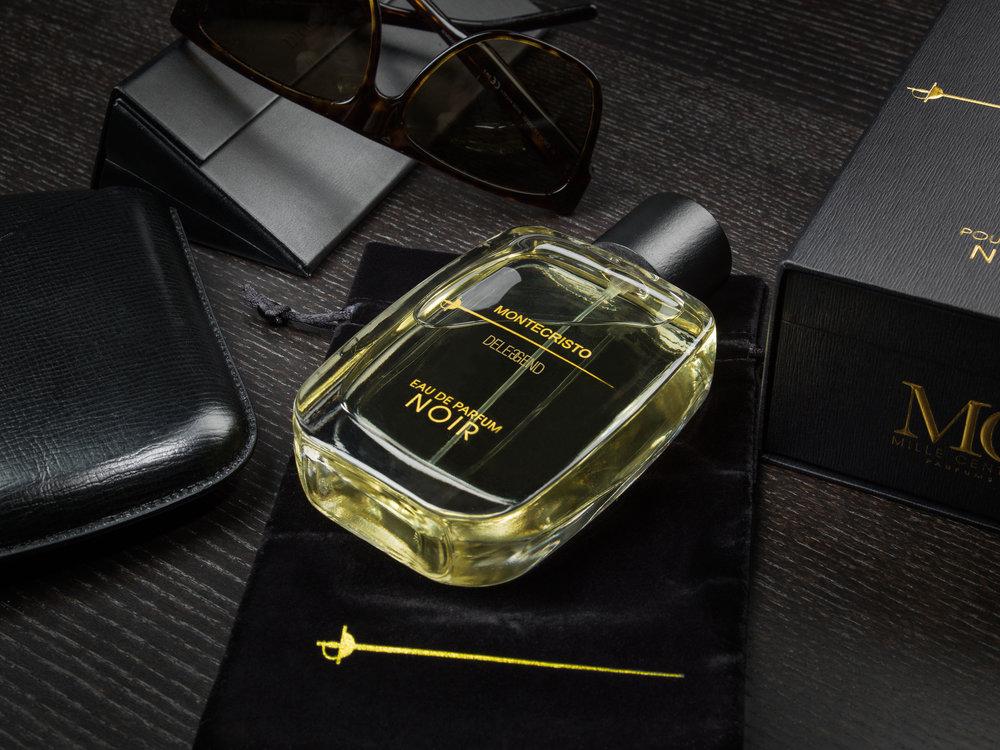 Montecristo Deleggend NOIR accessories.jpg