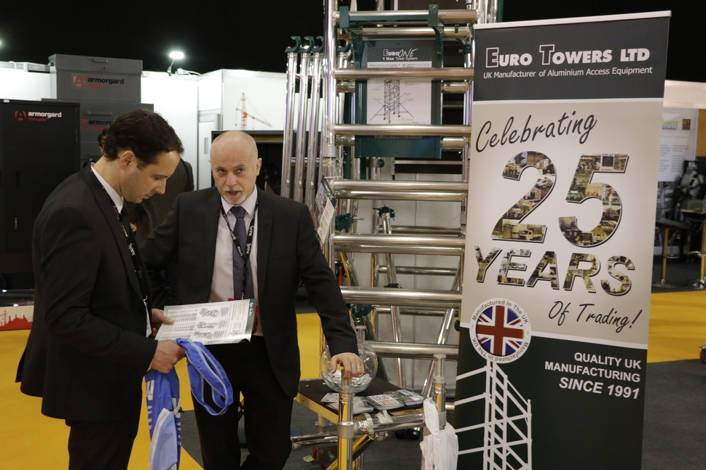 aluminium tower | aluminium podium | executive hire show | euro towers