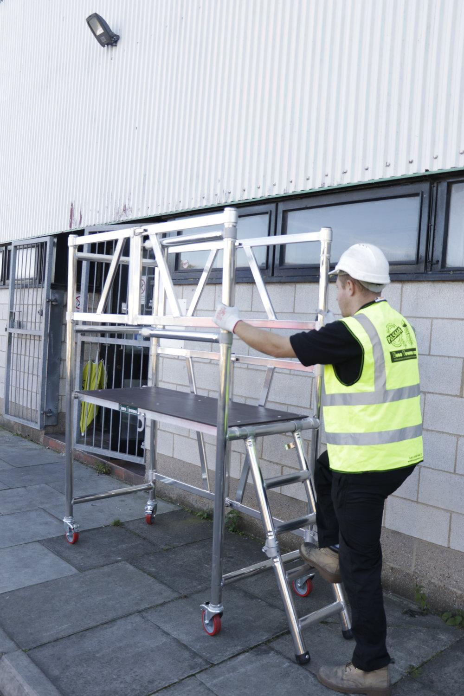 Aluminium podium | aluminium scaffolding | euro towers | AGR Podium