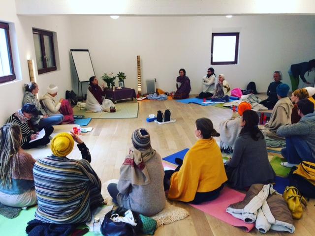 La rencontre annuelle des yoga-doulas a eu lieu le 1-2-3 décembre 2017 à l'espace Ma.