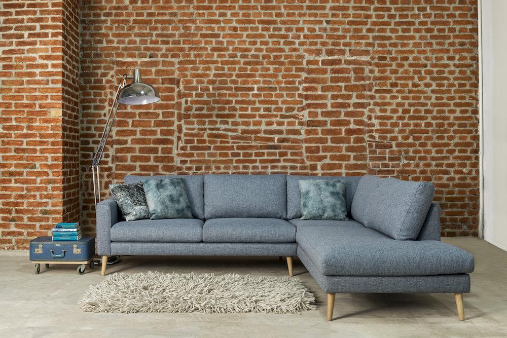 Visby corner sofa Side 142 (2) 2.JPG