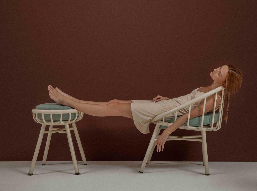 Chair_low.jpg