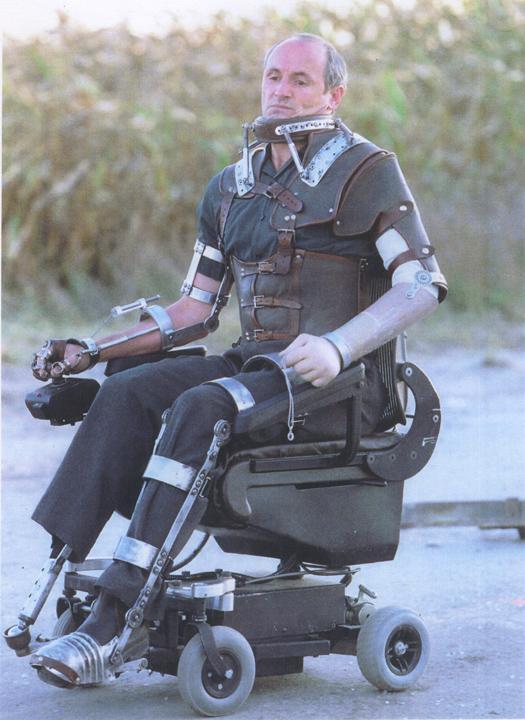 Highwaymen (2004) - wheelchair device