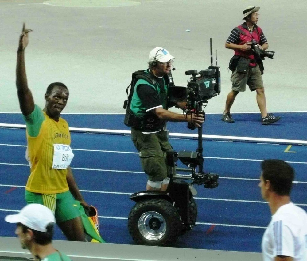 Usain-Bolt-200m-World-Record-09-1024x872.jpg